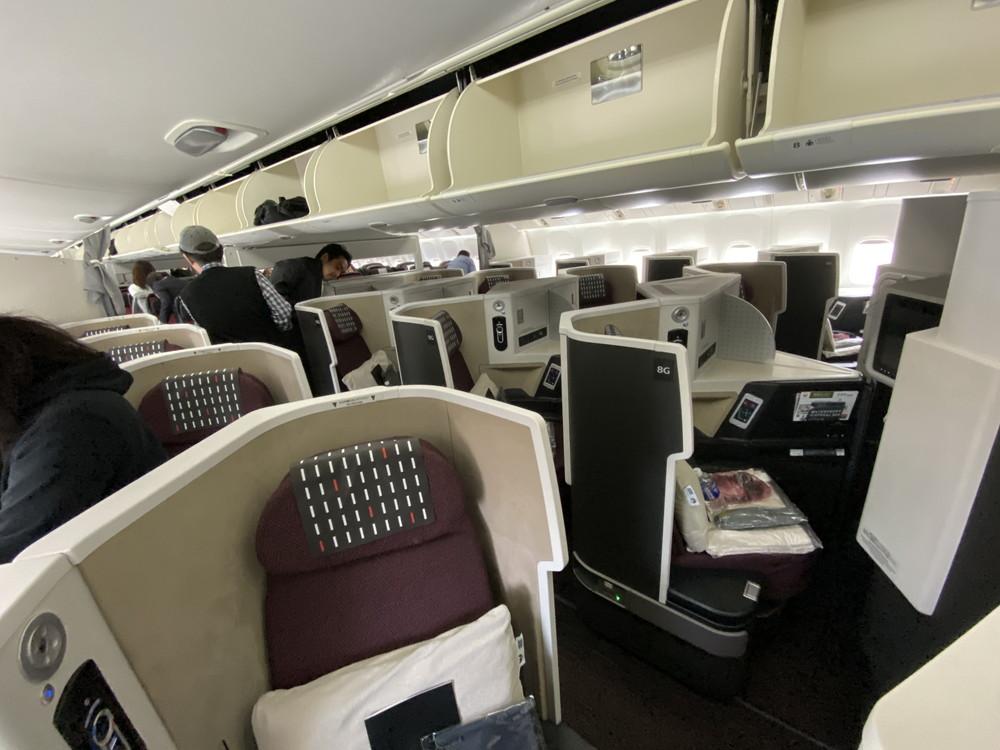 JALビジネスクラス機内